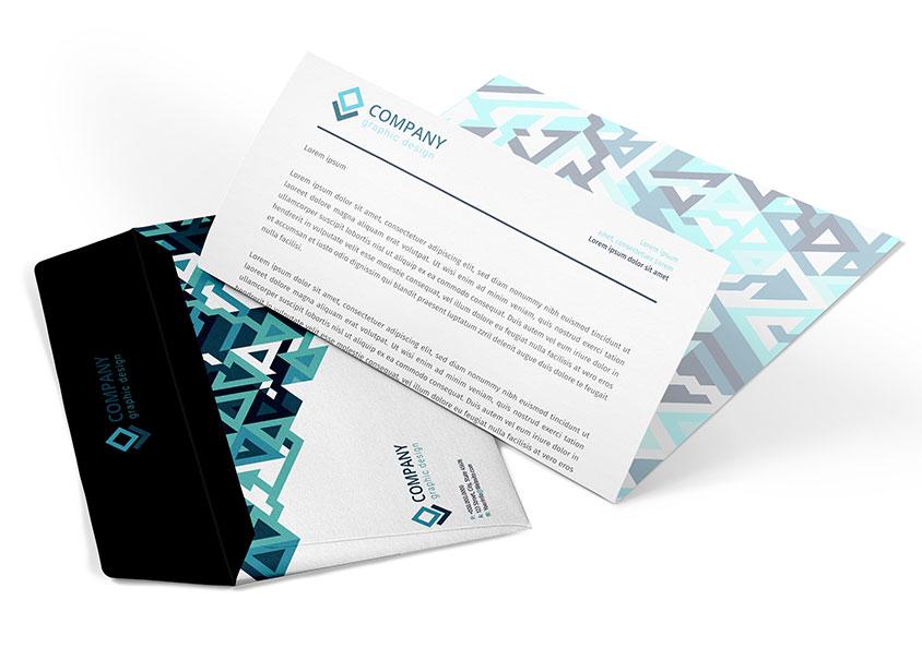 enveloppe et papier en-tête